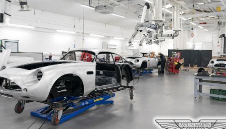 阿斯顿·马丁DB4 GT Zagato的延续建造的生产现已全面进行