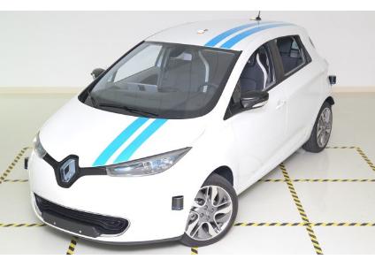 雷诺集团证明自动驾驶系统可以与专业驾驶员匹敌