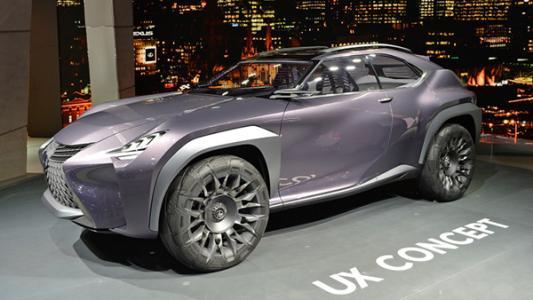 雷克萨斯UX概念车在2016年巴黎车展上显得过时