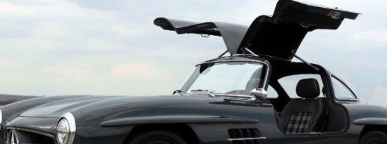 这款梅赛德斯·奔驰300SL鸥翼飞机看起来并不是这样