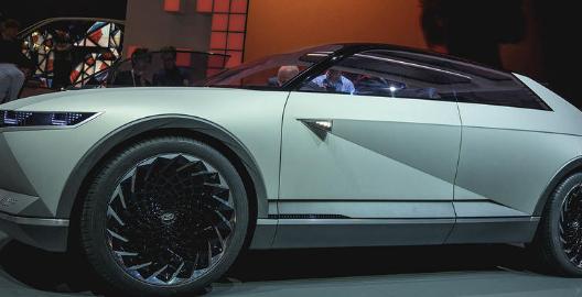 现代45概念车展示了电动汽车的设计方向