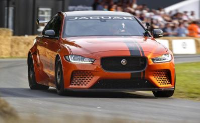 捷豹XE SV项目8赢得了古德伍德超级跑车围场Showstopper奖杯