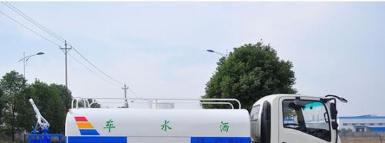 评测江淮骏铃5吨洒水车底盘篇及大运奥普力4.6方洒水车底盘篇