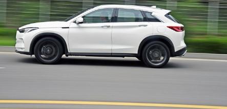 评测2018新款英菲尼迪QX50转向怎么样及2018英菲尼迪QX50四驱性能怎么样