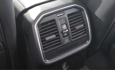 评测2018款保时捷Macan空调系统介绍及2018款保时捷Macan座椅怎么样