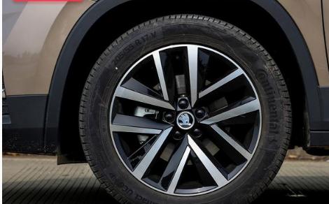 评测柯米克轮圈轮胎尺寸规格多少及柯米克有几种颜色