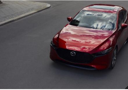 马自达在成为洛杉矶车展前夕 展示其全新的Mazda3