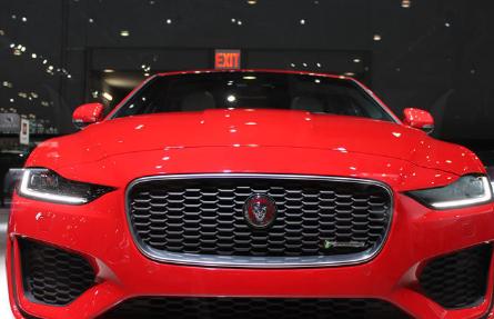 捷豹展示了许多新车型例如改款的2020捷豹XE轿车
