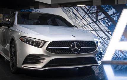 梅赛德斯奔驰A级轿车宣布定价