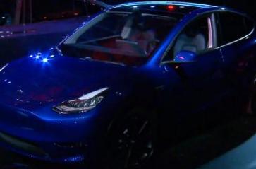特斯拉Model Y展示为新型中型SUV