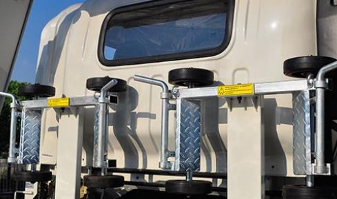 大运运途一拖二清障车上装部分拥有更高的工作效率