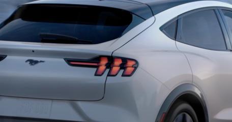 福特野马Mach-E电动SUV的行驶里程将不断提高