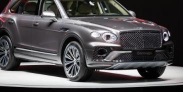 宾利汽车官方在中国正式发布了新款添越实车