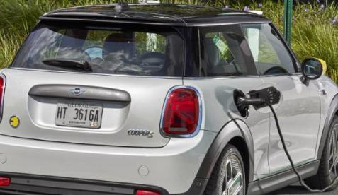 新款Mini Cooper SE将成为SA最便宜的电动汽车