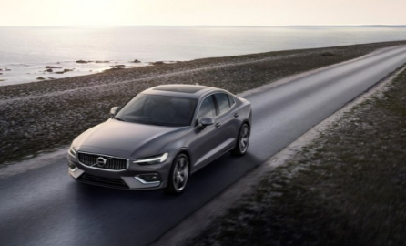 沃尔沃向世界展示了其全新的S60轿车