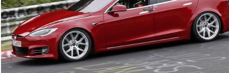 特斯拉Model S亮相传奇纽伯格林