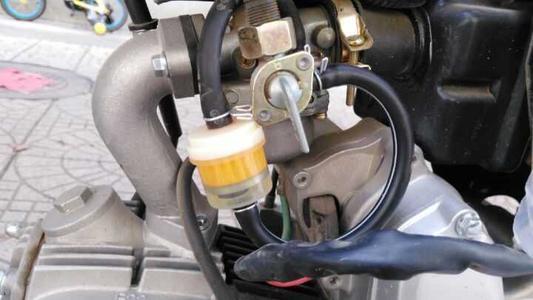 清理摩托车滤清器要怎么清理