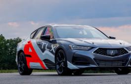 ura歌的全新2021 TLX将在派克峰赛车场