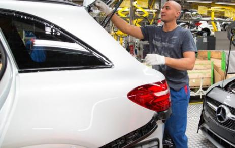 梅赛德斯奔驰停止在欧洲的生产
