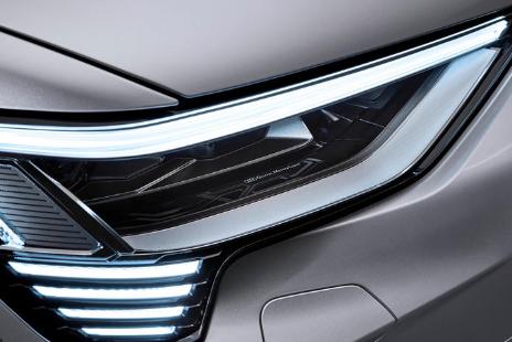 奥迪汽车的新大灯比以往任何时候都更安全