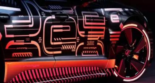 奥迪推出了新的e-tron 以迅速扩大其电动范围