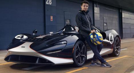 观看F1赛车手对迈凯轮Elva进行测试
