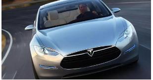 特斯拉在2020年交付了499550辆汽车